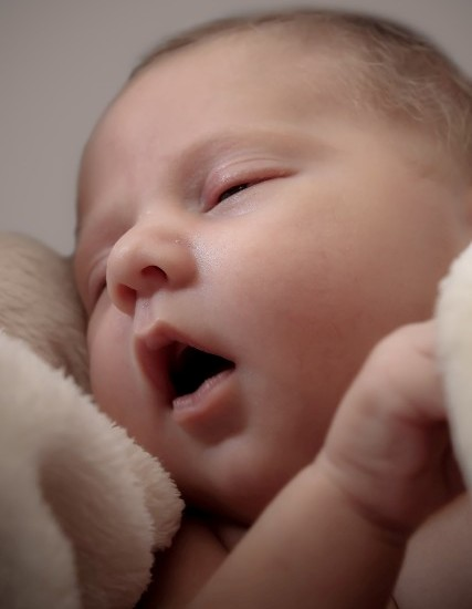 Newborn photo packages at Aquila Photography